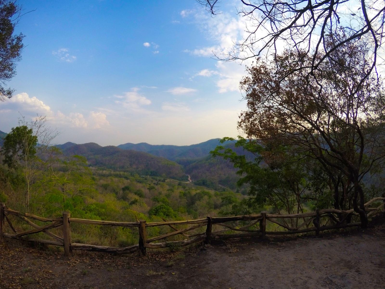 viewpoint doi saket - treehouse resort Chiang Mai