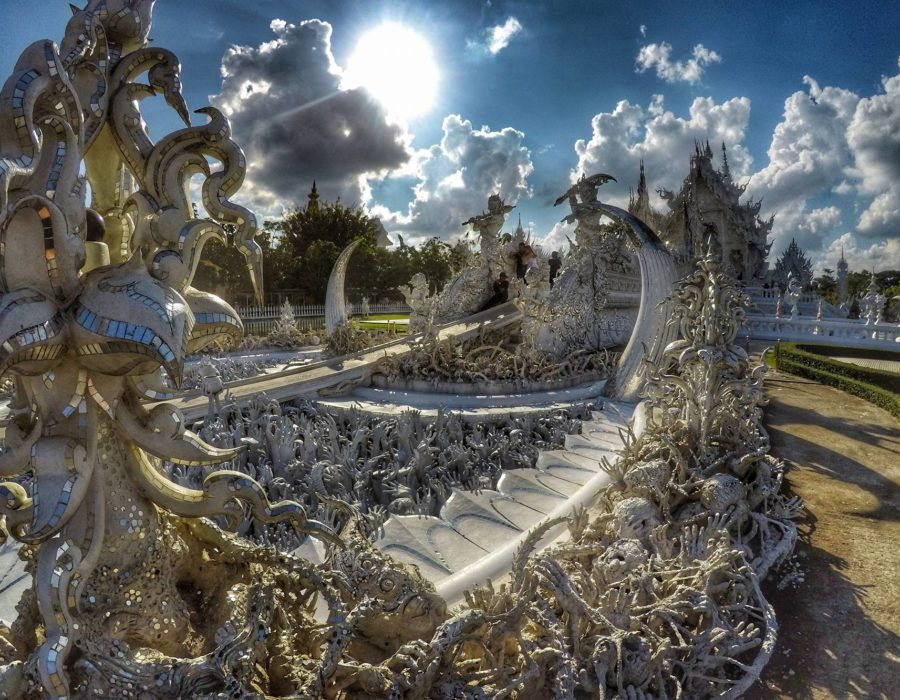 Wat Rong Khun - Top Places to see in Chiang Rai, Thailand