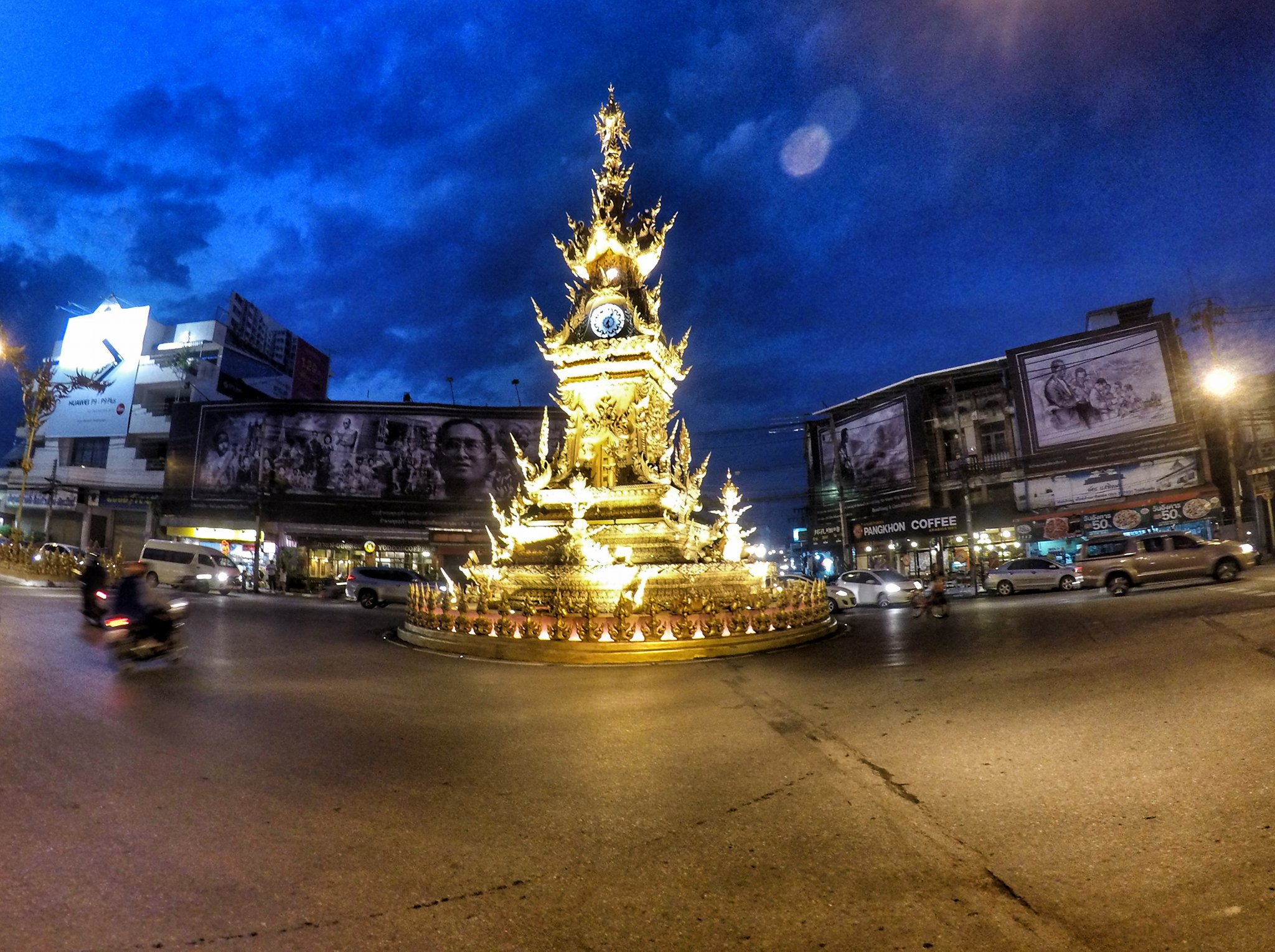 Chiang Rai Travel Guide and Itinerary - Clock Towr in Chiang Rai, Thailand