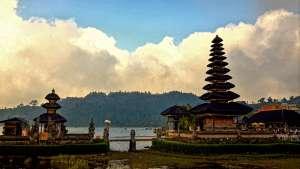 Pura Ulun Danu Bratan - Bali, Indonesia