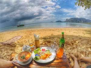 Ao Nang Cliff Beach-Andamana Restaurant, Krabi
