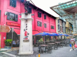 is singapore expensive - budget accommodations near chinatown