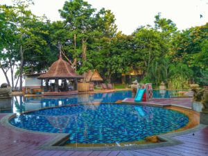 Crown Lanta Pool- Koh Lanta Best Place to Stay