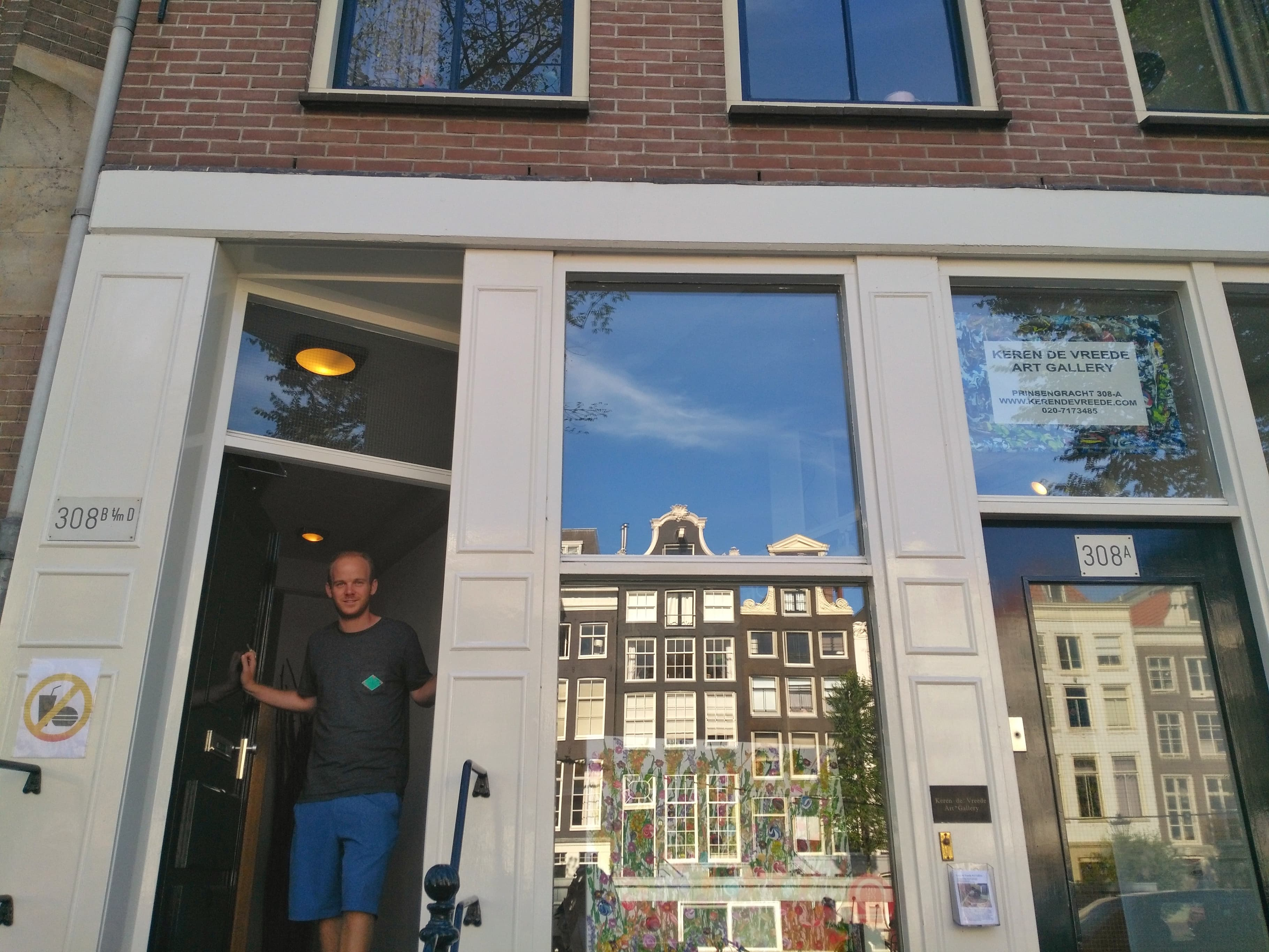 Airbnb or hotel - apartment in Amsterdam