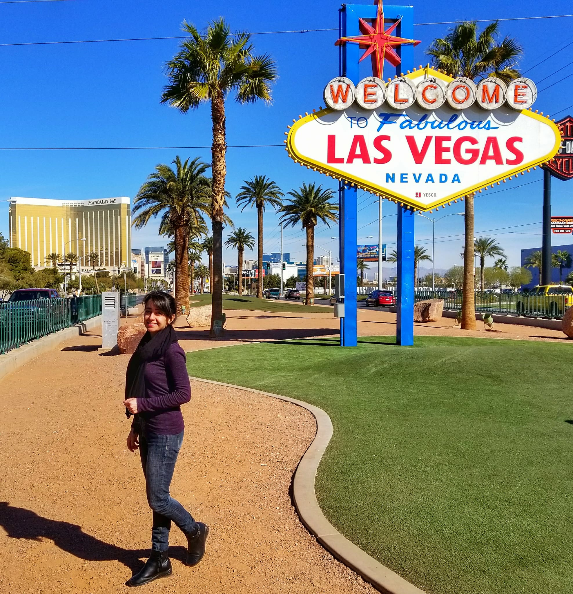 fun things to do in Las Vegas for couples - welcome sign