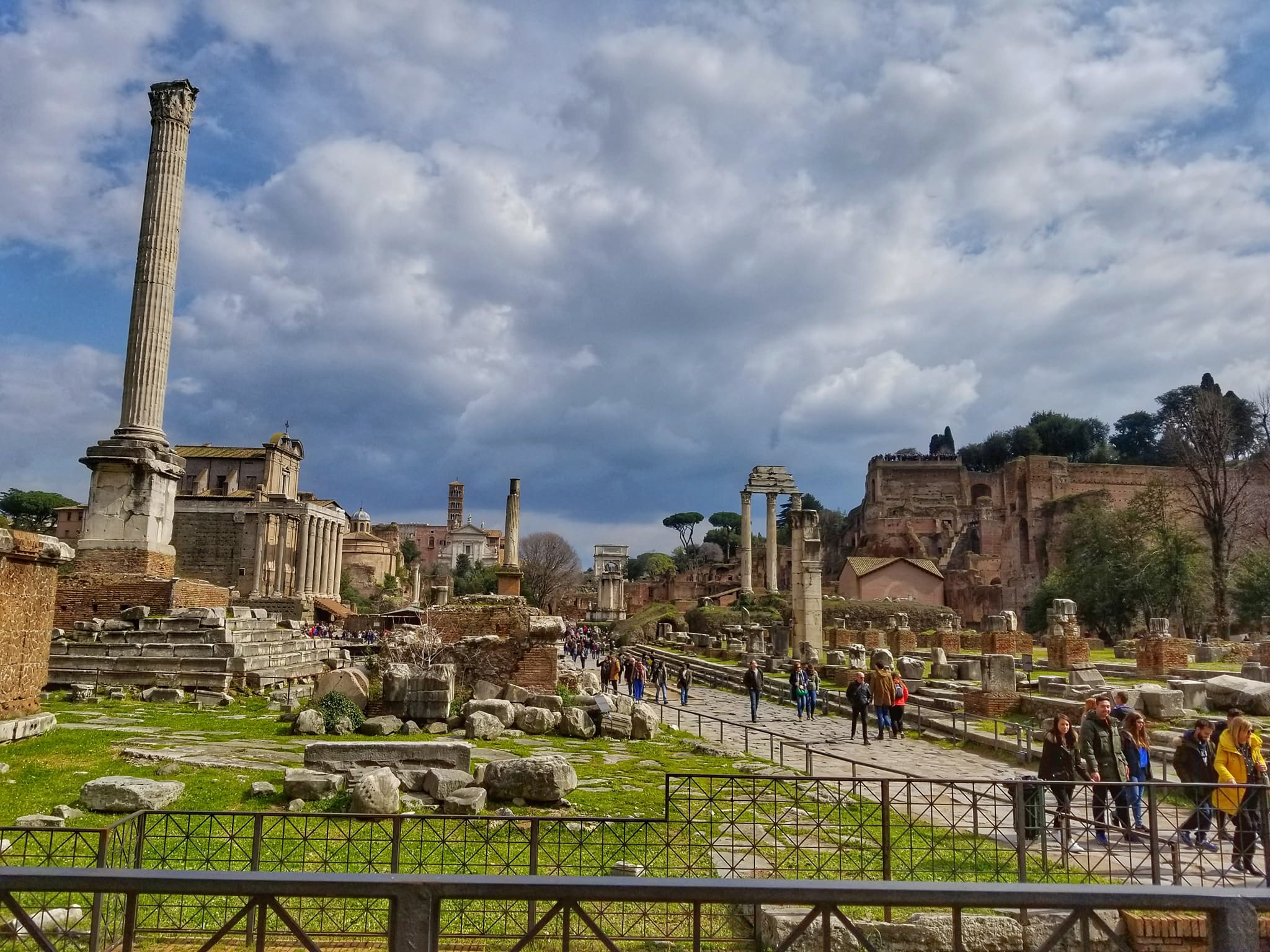 Places to visit in Rome Italy in 4 days - Roman Forum