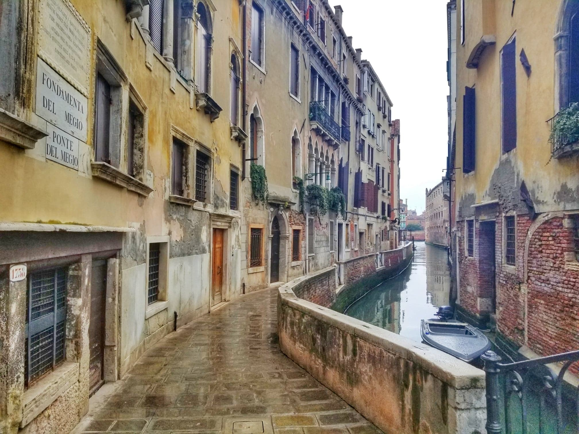 2 days in Venice Italy walk along canal