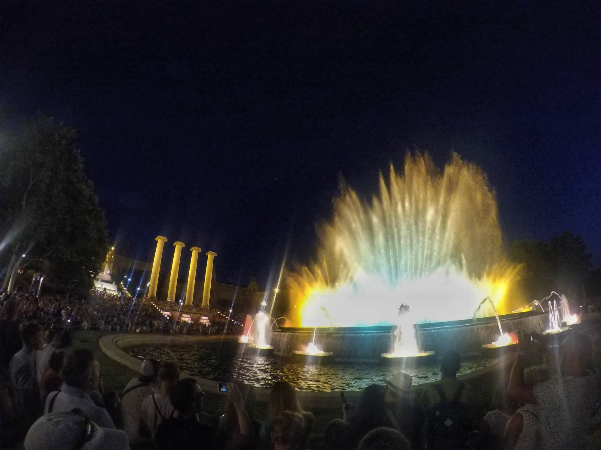 4 days in Barcelona - Magic Fountain night show