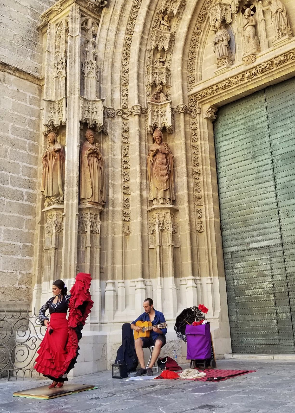 Seville itinerary - Flamenco Street Performance
