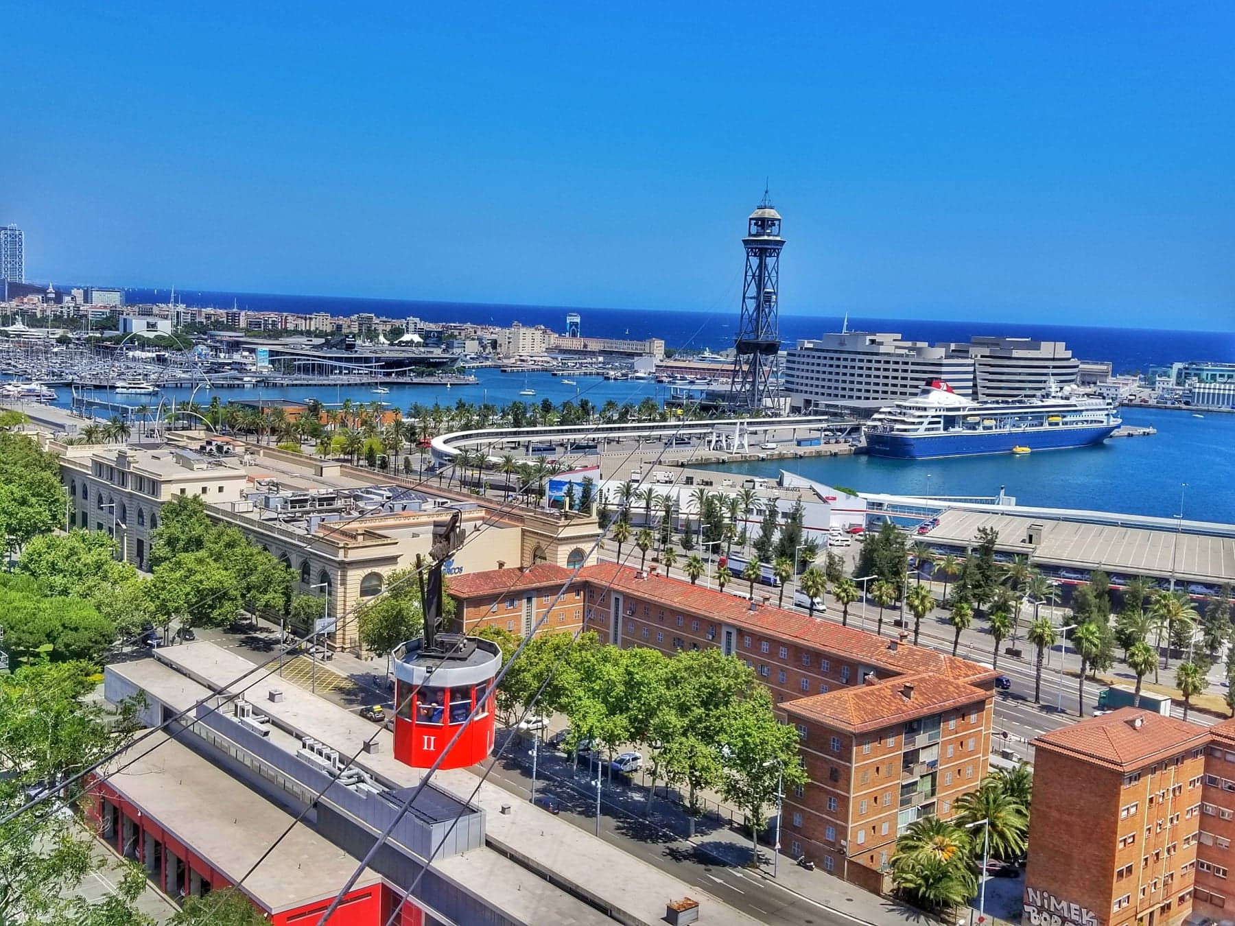 cool things to do in Barcelona - Montjuic Teleferic