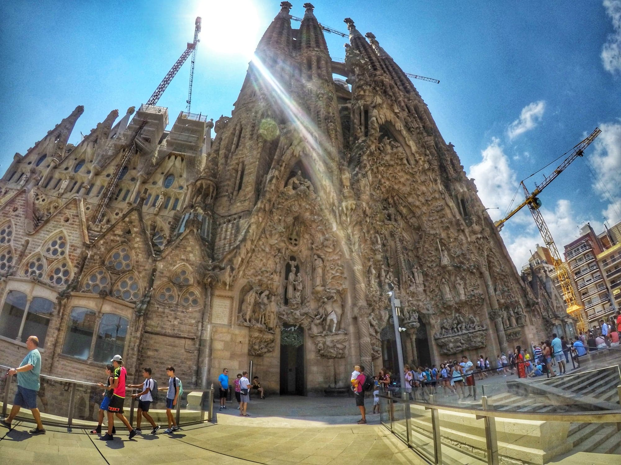 cool things to do in Barcelona - Sagrada Familia