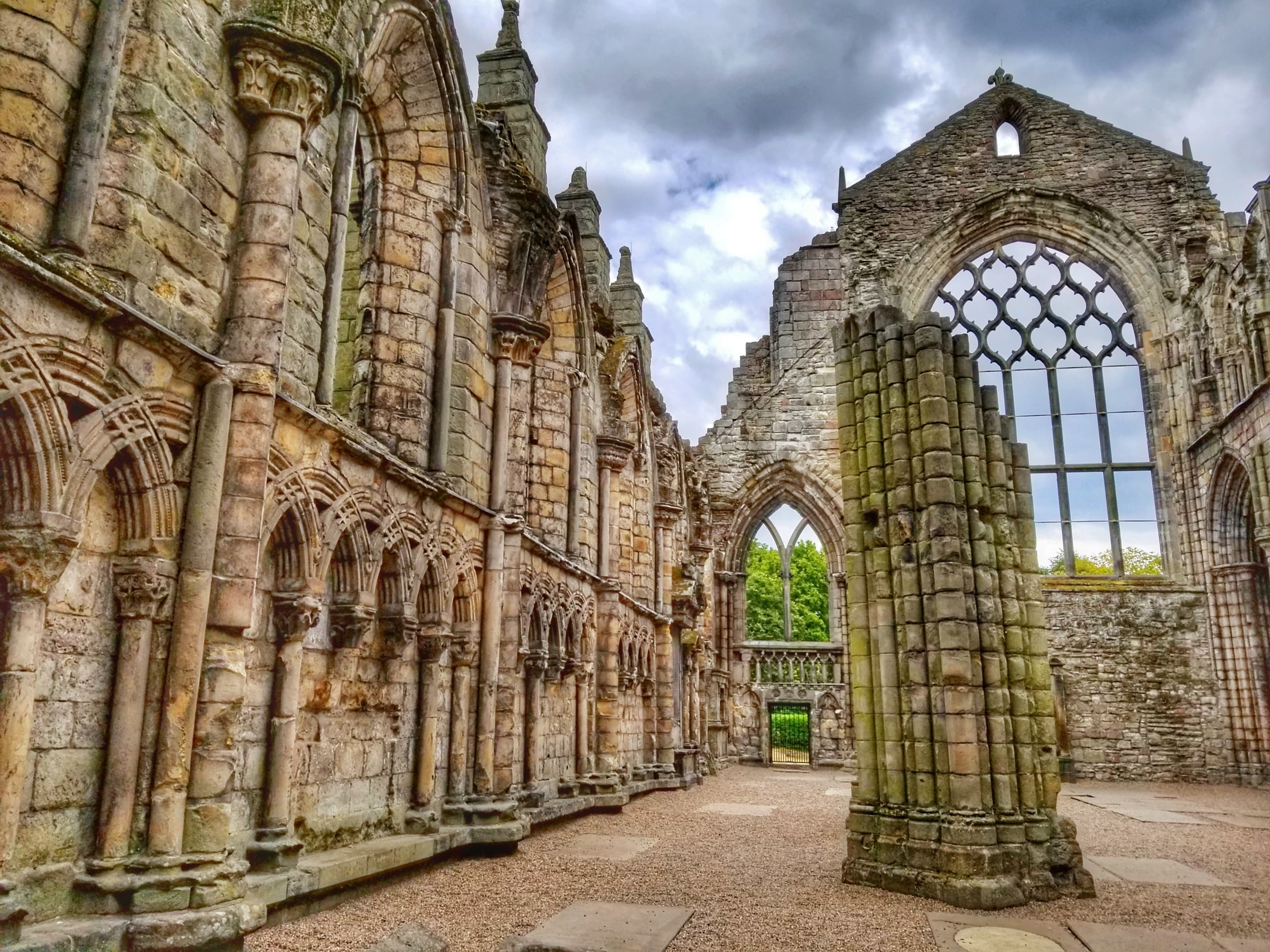 2 Days in Edinburgh - Holyrood Abbey