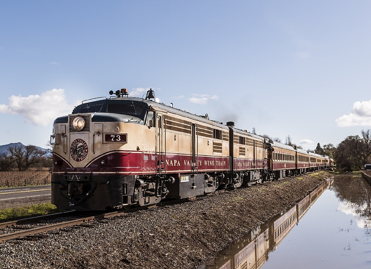 Northern California getaways for couples - Napa Wine Train