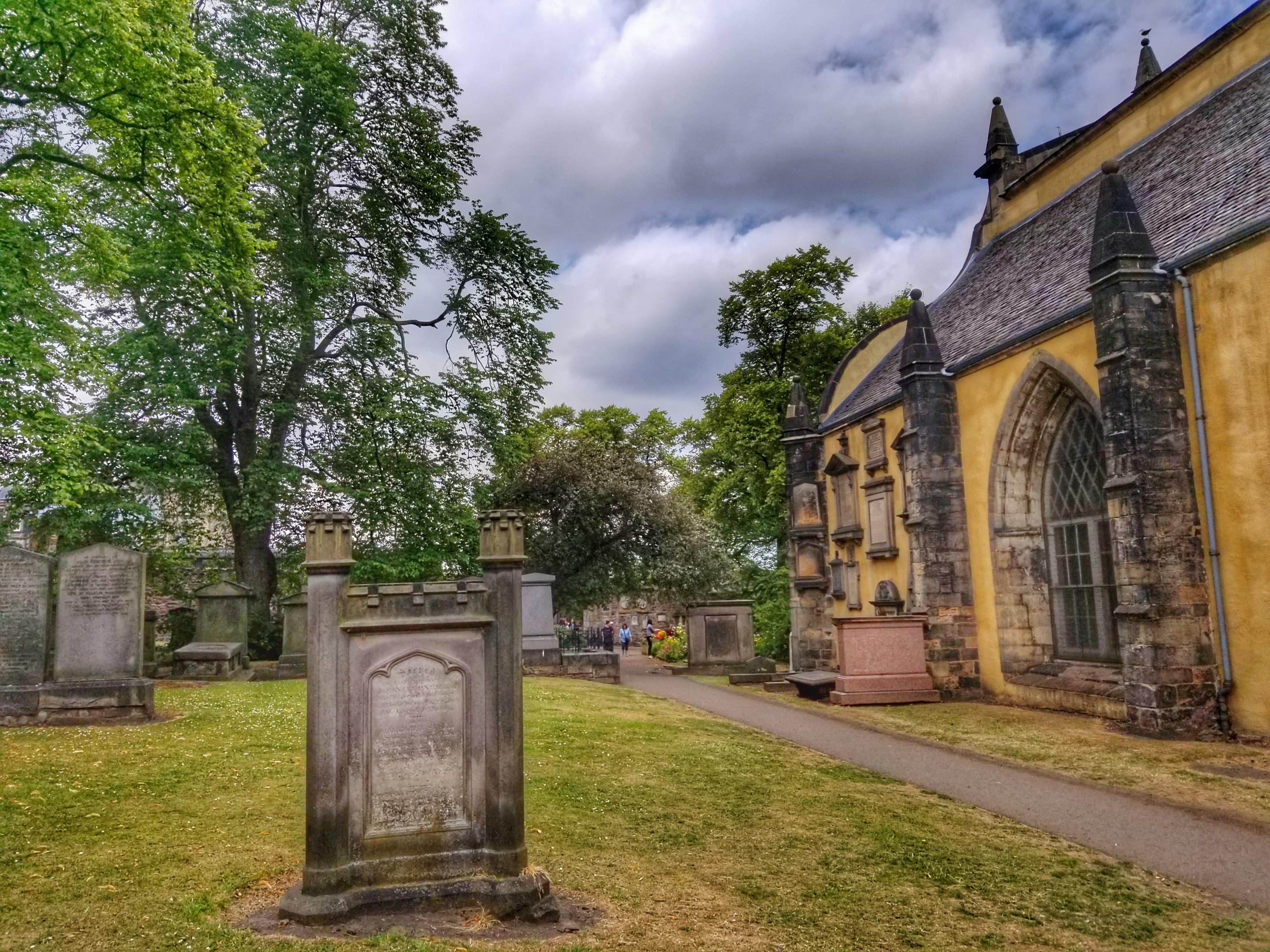 Things to see in Edinburgh Scotland - Greyfriars Kirkyard