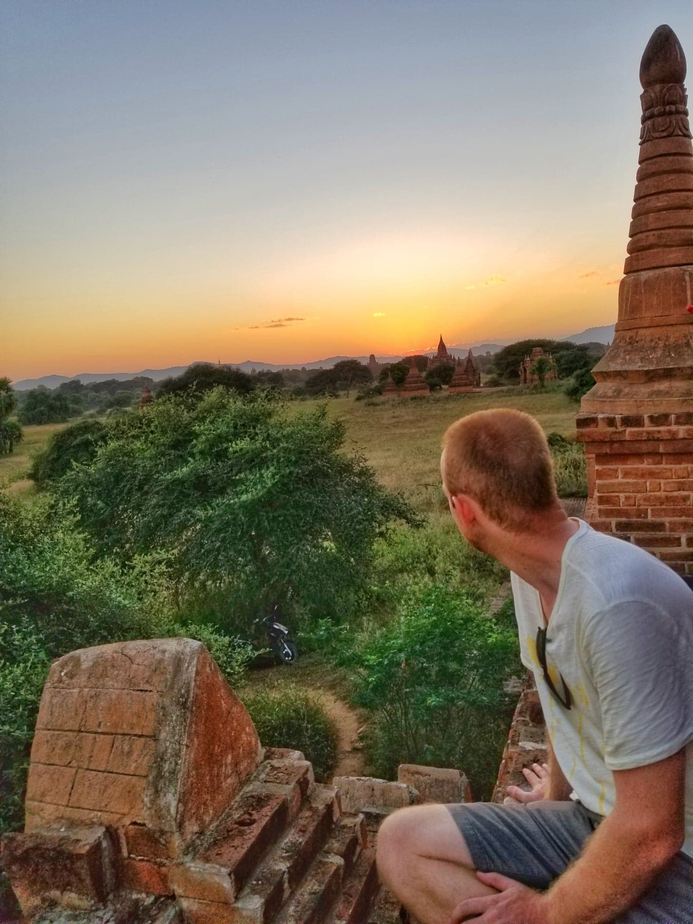 What To Do In Bagan - watch the sunset