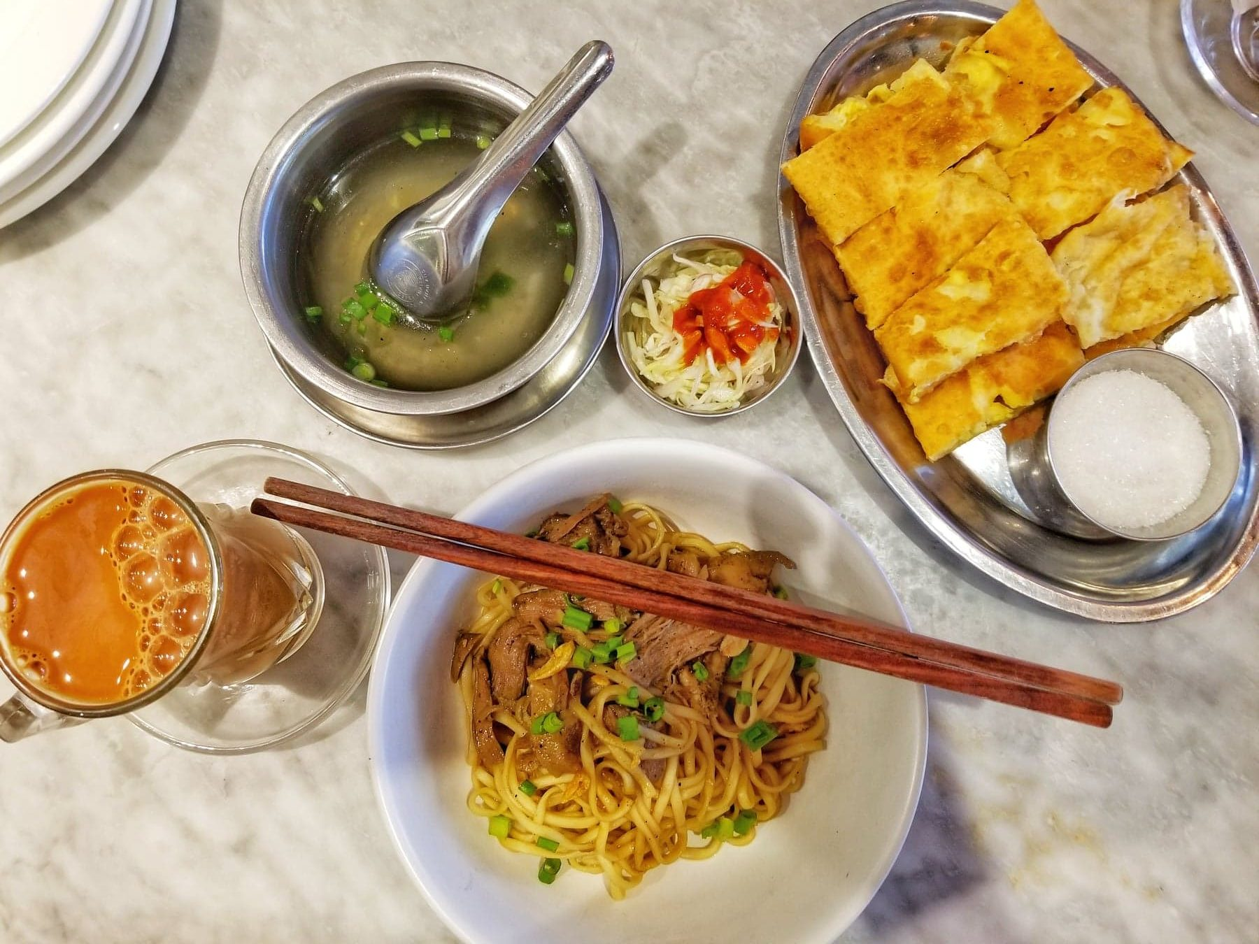 What to do in Yangon - food and tea