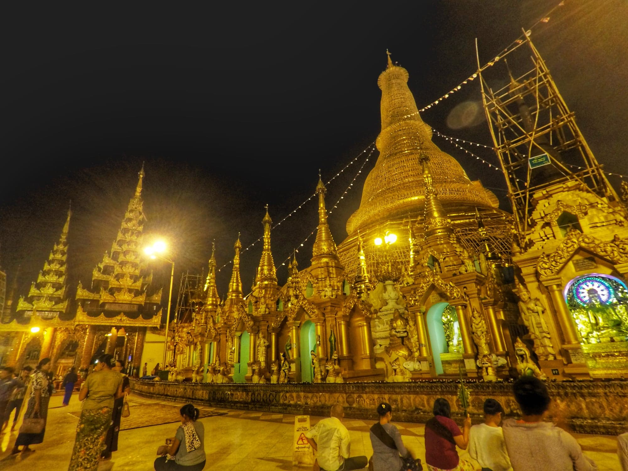 Yangon Things To Do - Scwedagon Pagoda
