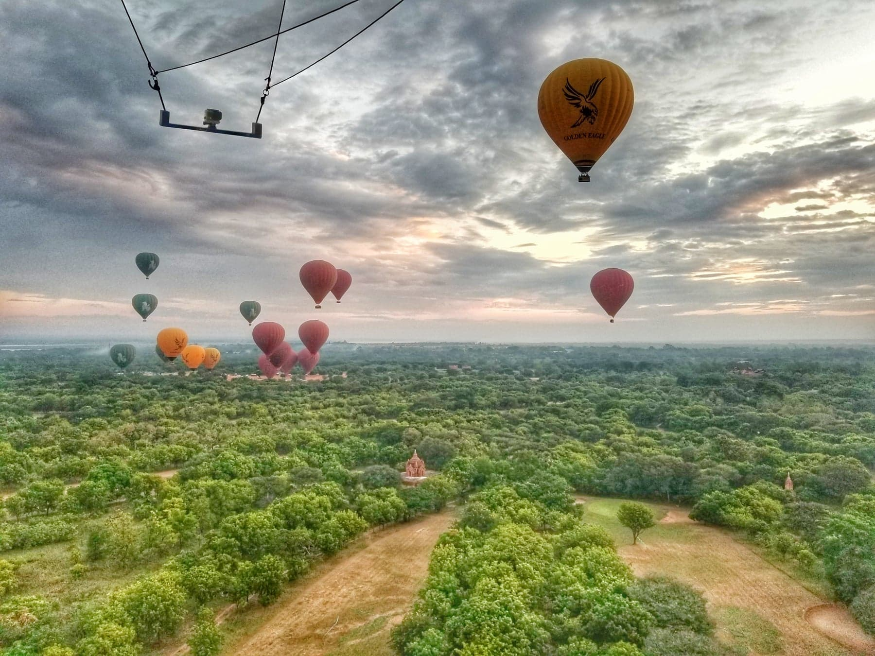 hot air balloon Bagan