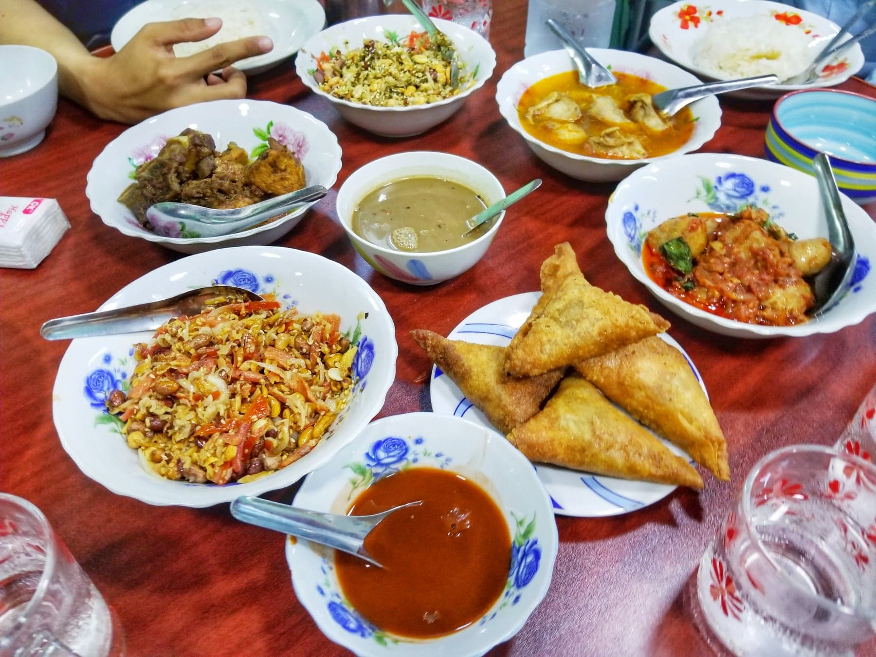 Yangon Things To Do - eat Burmese food and drink