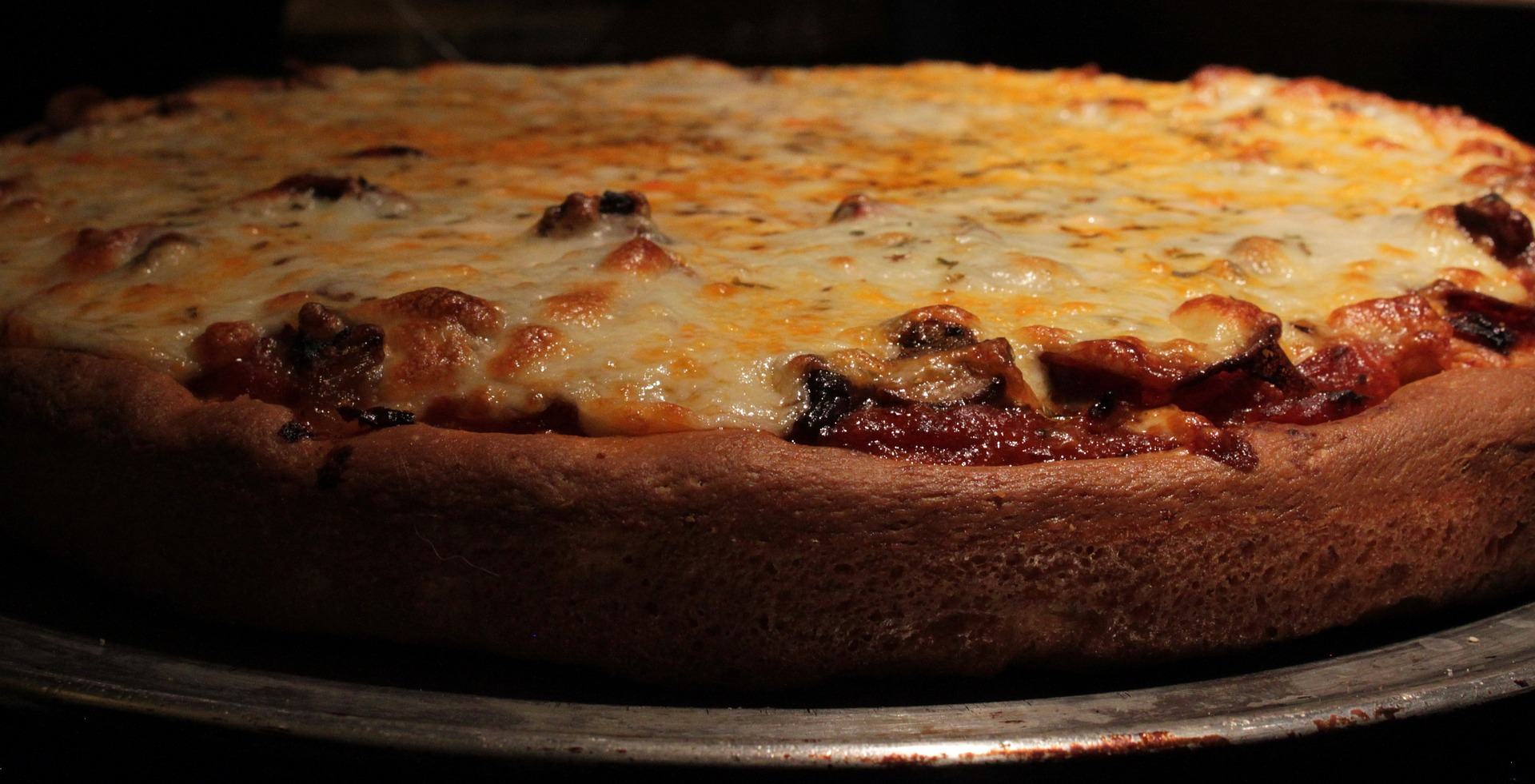 Chicago Deep Dish Pizza - buckelist USA Travel